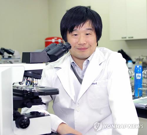 """서민 """"기생충 한 마리 없지만 기생충 가장 잘 보여준 영화"""""""