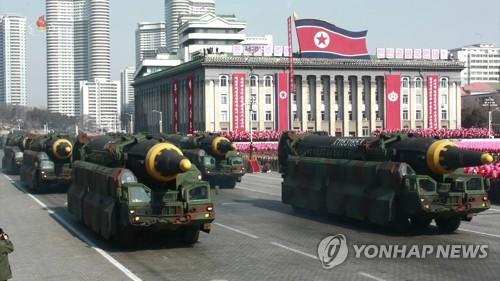 일본, 북한 미사일 방해 전파로 막는 장비 도입 착수