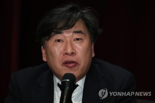 방통위, 한국당 추천 KBS 이사후보 이동욱 전 기자도 부결