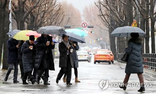비내리는 수요일, 우산 챙기세요…경기 북부 미세먼지 '나쁨'