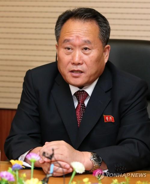 """북한, 이란 혁명일에 """"제재 맞서 투쟁""""…리선권은 축전"""