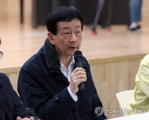 진영 행안장관, 전국 지자체장에 '선거 중립' 당부 서한