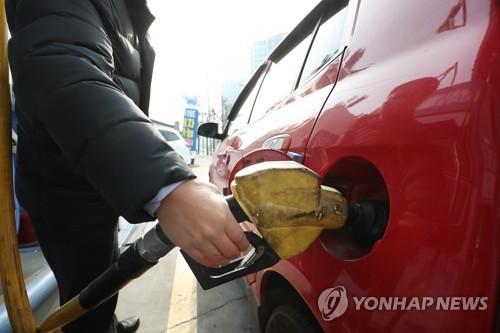 """전국 주유소 기름값 2주째 하락…""""신종코로나 영향은 제한적"""""""