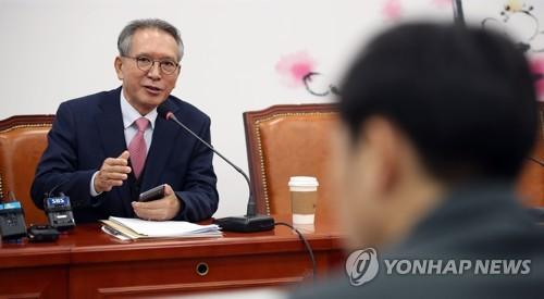 한국당 공관위, 오늘 홍준표·김태호 출마지역 논의