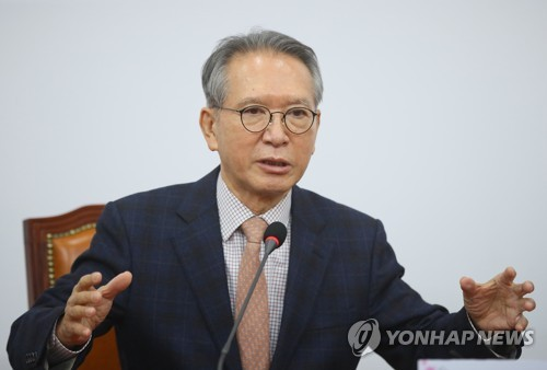 """김형오, 홍준표 '양산을 출마' 의사에 """"절반의 수확""""(종합)"""