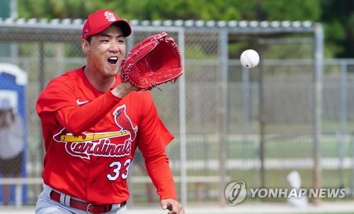 김광현, 경쟁자 마르티네스와 첫 훈련…주눅 들지 않았다