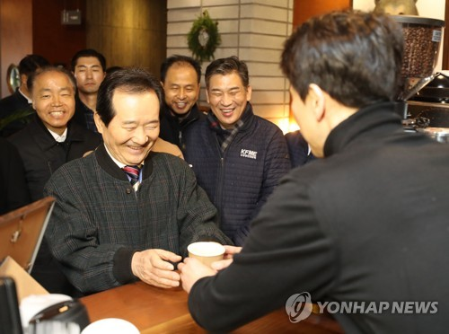 '책임총리' 틀잡기 정총리 취임 한달…코로나19 '안정관리' 평가