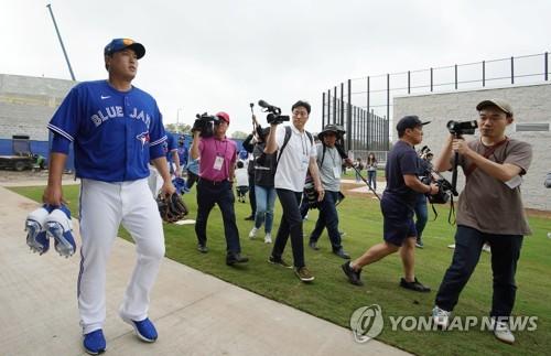 """토론토 언론 """"류현진의 AL 동부 적응, MLB 올 때보다 쉽다"""""""