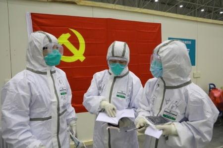 """해외 거주 중국인들 """"우리는 바이러스가 아니다"""" 온라인 청원"""