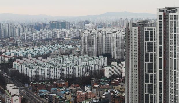 경기 수원의 한 아파트 단지 모습. 연합뉴스