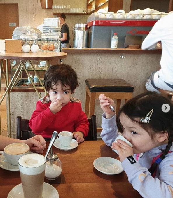 축구선수 박주호의 자녀 건후(왼쪽)와 나은/사진= 안나 인스타그램