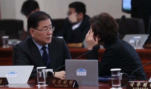"""靑, '친서' 미사일로 화답한 北에 """"평화 정착에 도움안돼"""" 비판"""