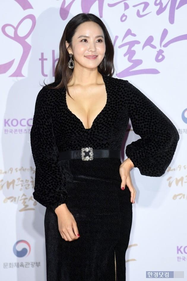 """박지윤 '사회적 거리두기' 논란에 KBS """"최동석 반성"""" /사진=한경DB"""