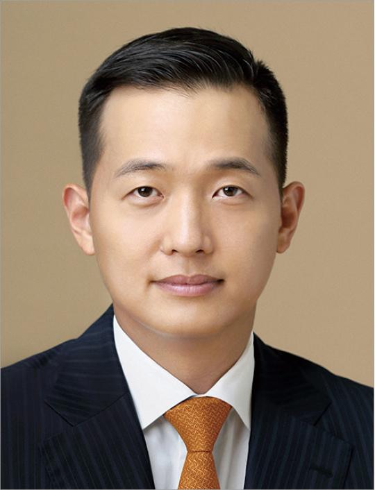 김동관 한화솔루션 부사장, 한화솔루션 사내이사 선임…한화 '3세 경영' 본격화