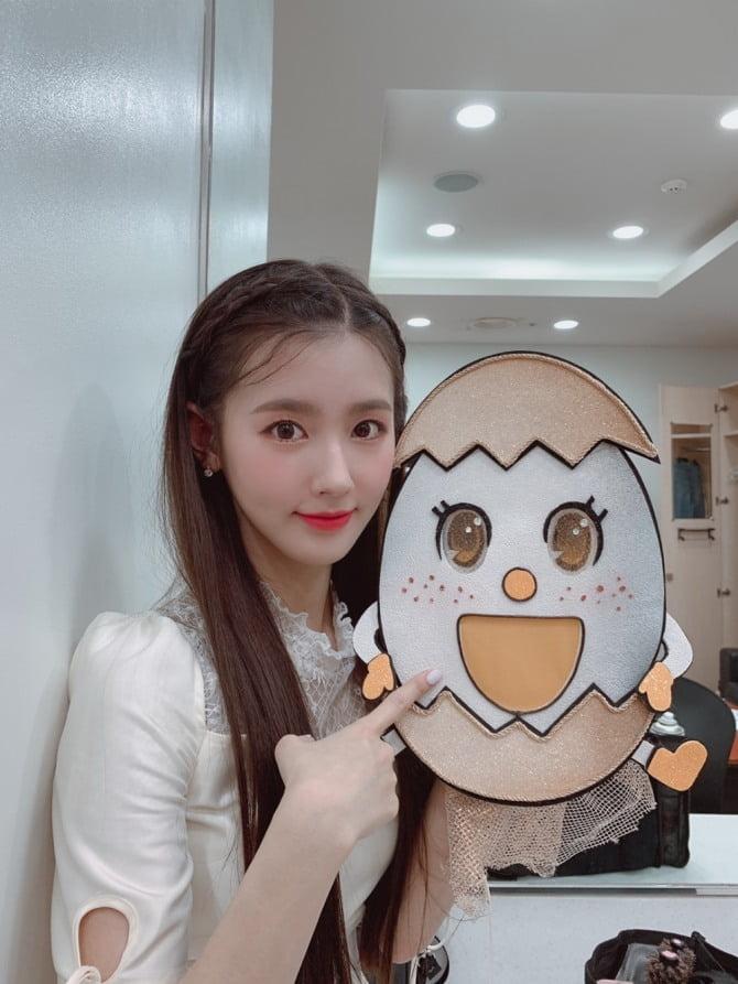 """'복면가왕' (여자)아이들 미연 """"첫 솔로 무대, 새로운 매력 보여주고 싶었다"""""""