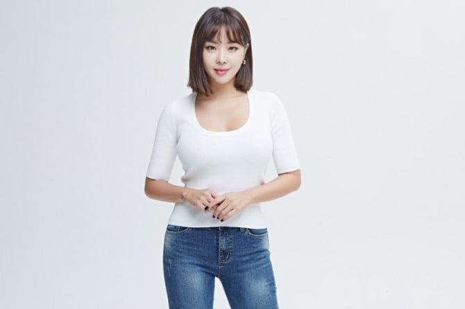 나르샤, '홈데렐라' MC 출격…김성주X정형돈과 호흡