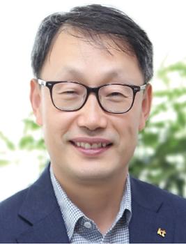 구현모 KT 사장, 이사 절반 이상 교체…'젊은 이사회' 꾸려
