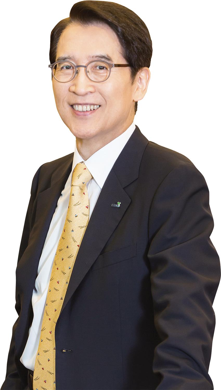 [파워 금융인 30] 신창재 교보생명 회장, 20년간 이어진 '정도 경영'