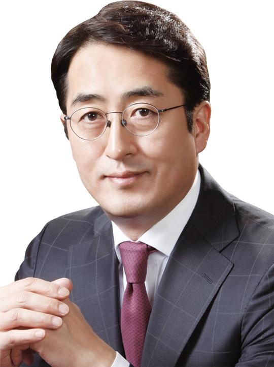 [파워 금융인 30] 김용범 메리츠화재 부회장, 보험업계 '판'을 바꾸다