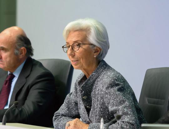 """크리스틴 라가르드 유럽중앙은행(ECB) 총재, """"코로나19 상당한 충격… 과감한 재정정책 필요"""""""
