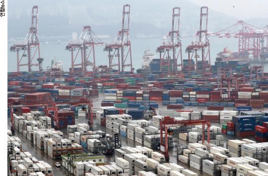 반도체 회복·조업일수 증가에 2월 수출 호조