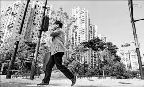 """""""급매 나와도 살 사람이 없다""""…강남 신축도 5억 낮춰 거래"""