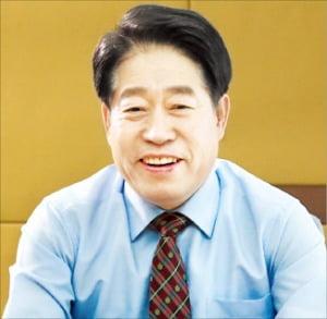 """류수노 총장 """"750여 화상강의 무료제공…노하우 공유할 것"""""""