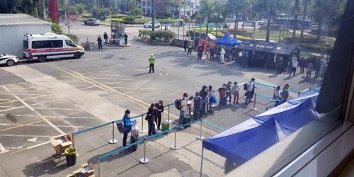 중국 선전공항서 대구·경북 출신 음성 판정에도 지정 격리