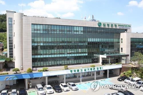 민주당 함평군수 경선후보 '금품제공 여부' 공방