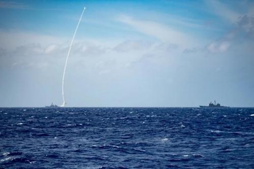 """미 해군, 지난주 필리핀해서 미사일 발사훈련…""""대중국 경고용"""""""