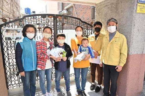 부산 사하구, 수입 마스크 100만장 주민에 무상 배부
