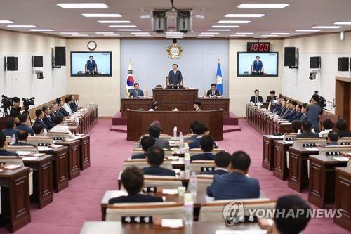 [재산공개] 충북 시·군의원 평균재산 8억1천511만원…3천910만원↓