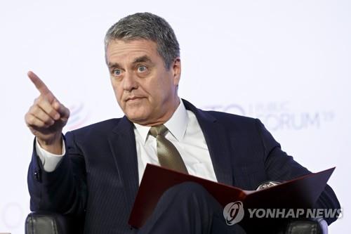 """WTO 사무총장 """"코로나19로 국가 간 무역 급감할 것"""""""