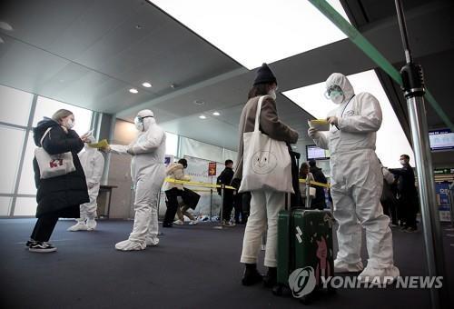미국·유럽 다녀온 충북 주민 연쇄 확진…입국자 관리 비상(종합)