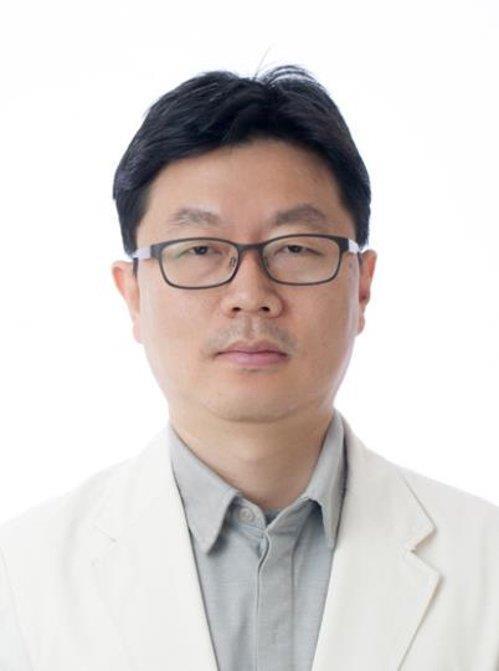 """""""진료중 피살 임세원교수 의사자 지정돼야"""" 유족, 재판서 주장"""