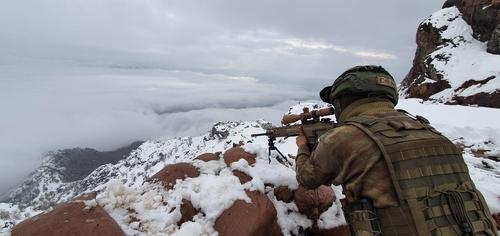 이라크 북부서 터키군 병사 2명 대테러 작전 중 사망