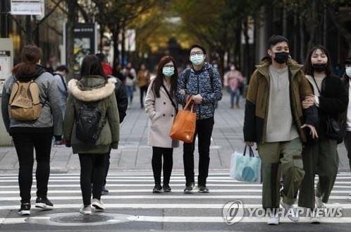 `중국인 입국금지`·`마스크 수출금지`…신속히 움직인 대만, 확진자 여전히 두 자릿수