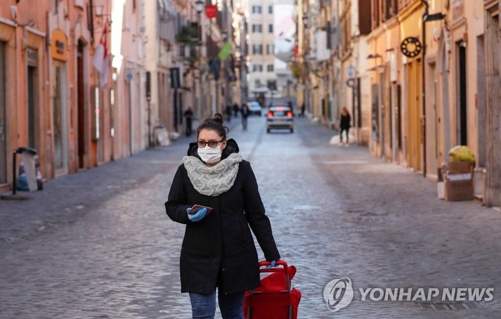 """이탈리아 교수 """"한국, 바이러스 억제 성공…우리도 배워야"""""""