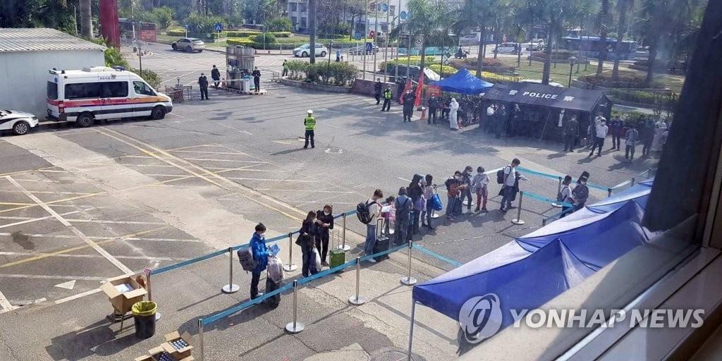 `코로나19 종식 노력` 중국, 통계조작 논란...폭로 잇따라