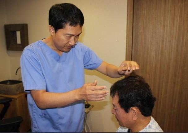 흉터·통증 부담없는 롱헤어 비절개 모발이식 수술