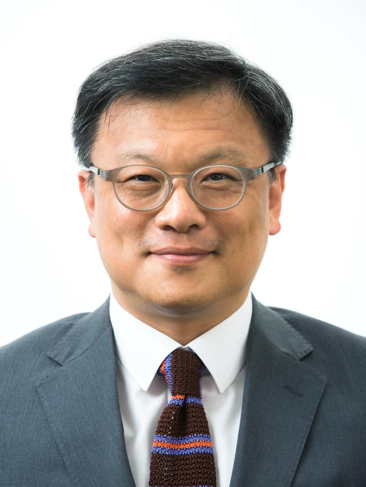 한국거래소, 코스닥시장위원장에 김학균 변호사 선임