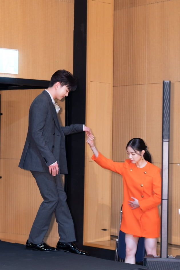 [TEN 포토] '메모리스트' 유승호 '국대급 매너'