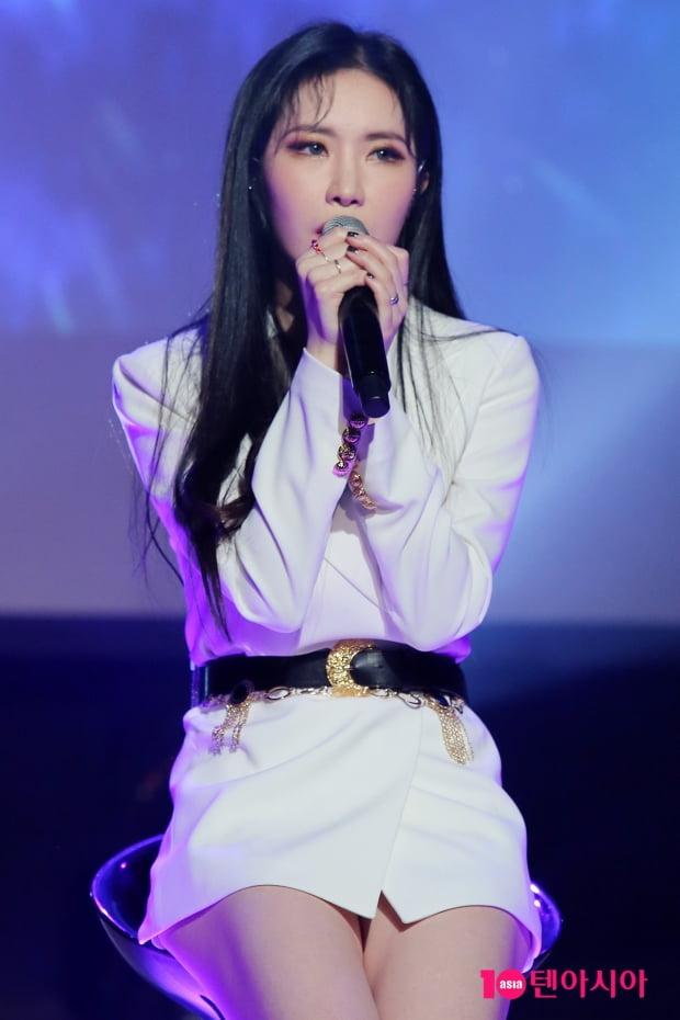 그룹 피에스타 출신 가수 예지가 4일 오후 서울 청담동 일지아트홀에서 '홈' 발매 기념 쇼케이스를 개최했다./ 이승현 기자 lsh87@