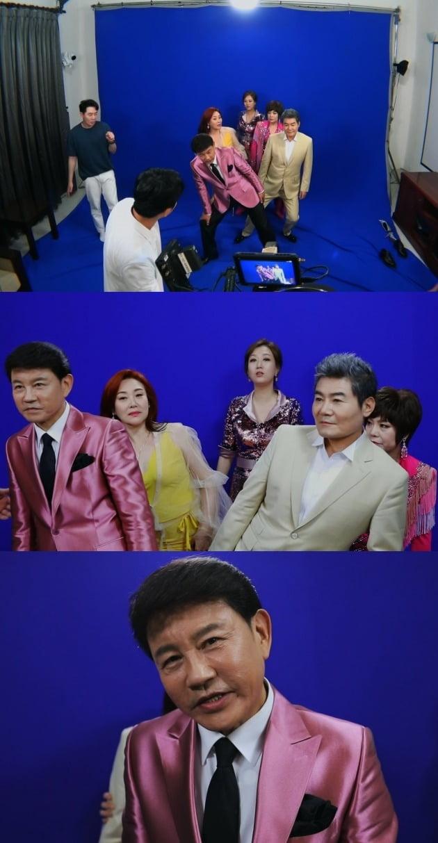 '트롯신이 떴다' 티저 촬영 비하인드 / 사진제공=SBS