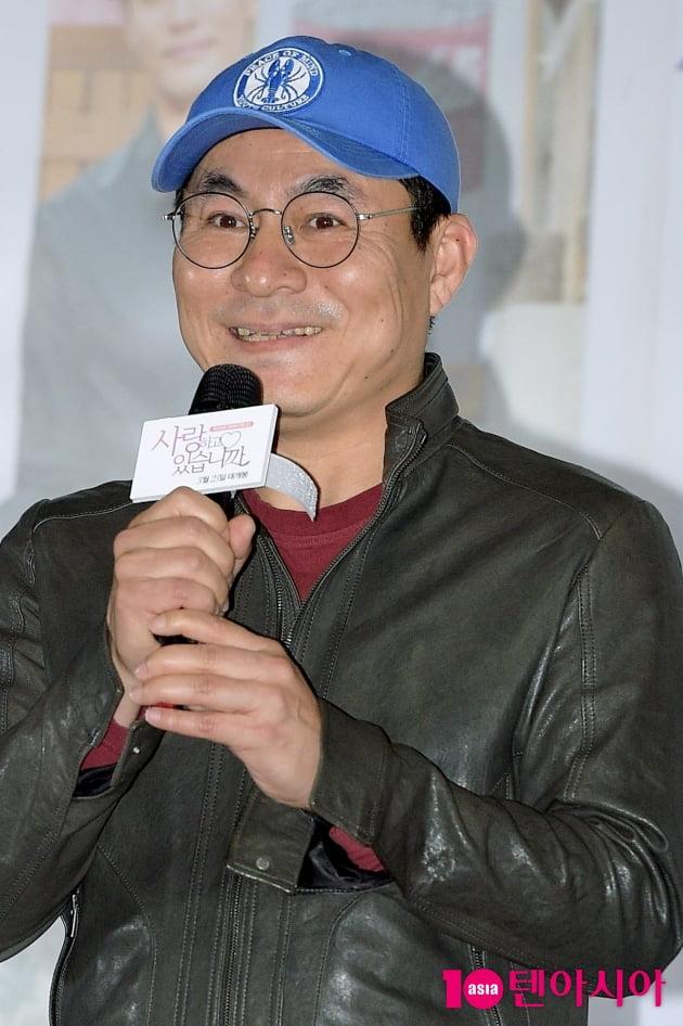 [TEN 포토]'사랑하고 있습니까' 소감 전하는 김정권 감독