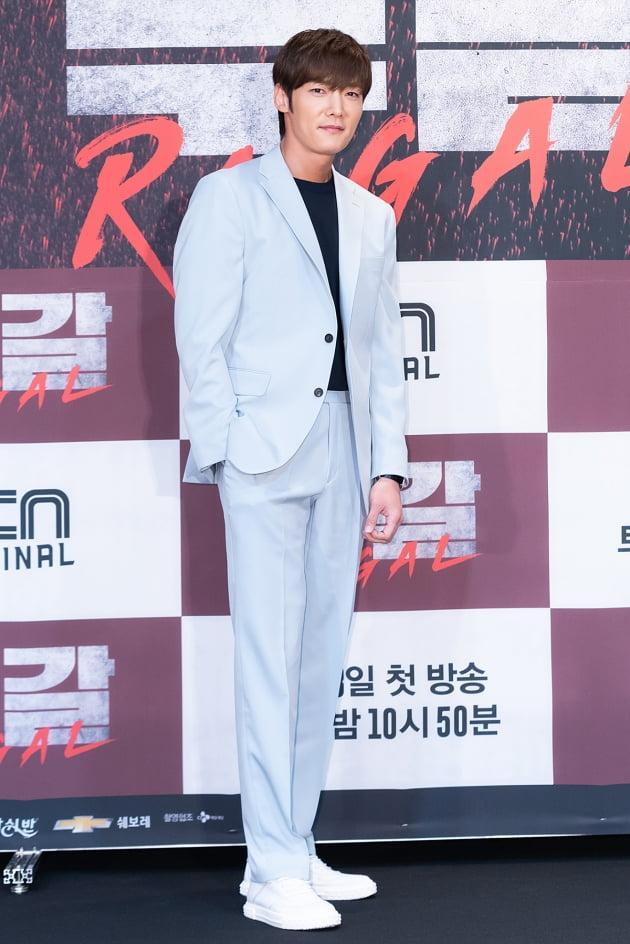 [TEN 포토] '루갈' 최진혁, '훈훈 비주얼'