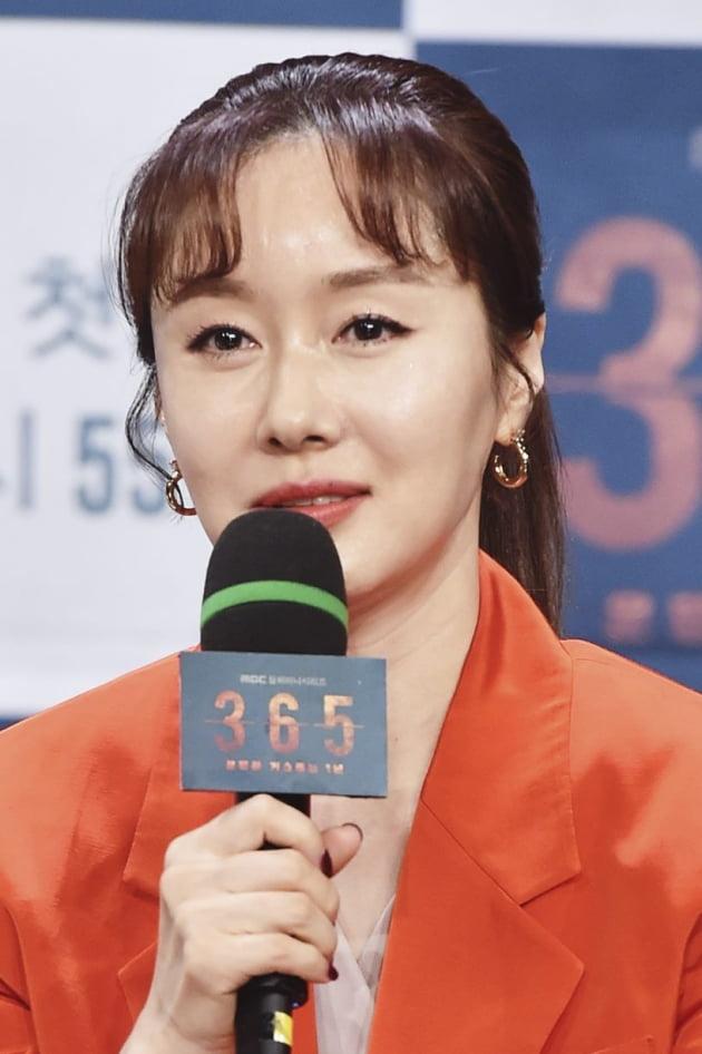 [TEN 포토] '365 : 운명을 거스르는 1년' 김지수, '2년 만의 컴백'