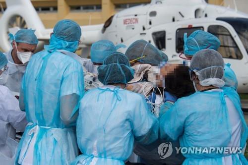 프랑스서 코로나19로 의사 첫 사망…응급실서 근무