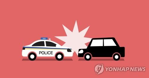 신호대기 중인 경찰차 들이받은 40대…알고 보니 음주운전