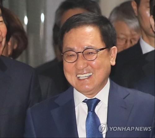 """민주당 부산 """"이제는 공약이다""""…김영춘 초읍선·당감신도시"""